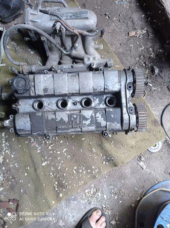 Головка 16 клапана Хонда сивик