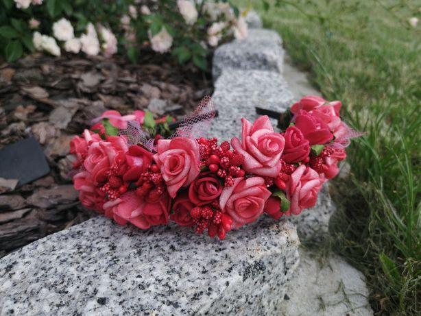 Opaska do włosów z kwiatów piankowych