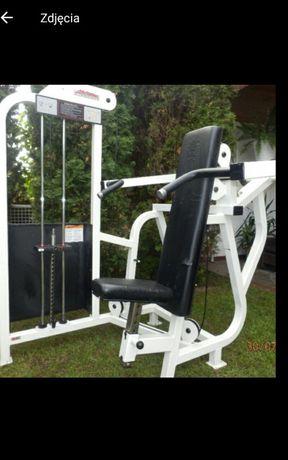 Maszyna atlas life fitness barki