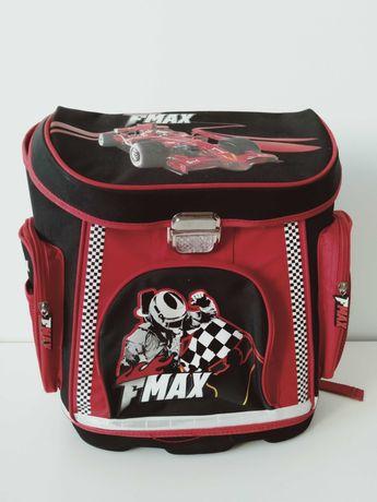 Plecak szkolny nowy F 1 do pierwszej klasy usztywniony