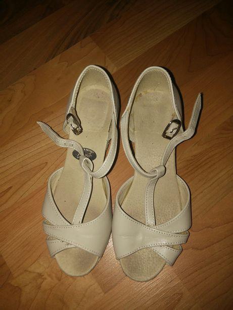 Танцевальные туфли обувь детские бальные кожа кожанные соло плюс