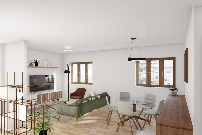 Apartamento T2 totalmente remodelado em São João da Madeira