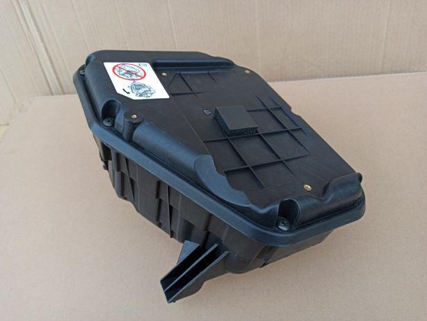 Корпус фильтра Jeep Patriot.Compas 2.4 компас патриот 5145596AA/