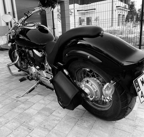 Yamaha XVS1100 Custom