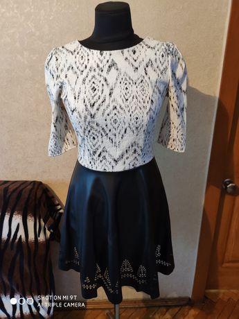 Стильное платье на девочку подростка 11 - 14 лет
