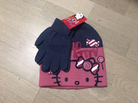 Комплект шапка и перчатки для девочек. РАСПРОДАЖА