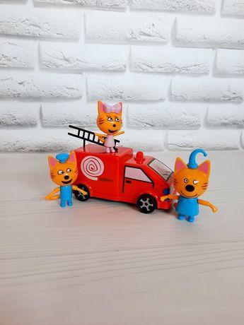 Три кота и пожарная машина