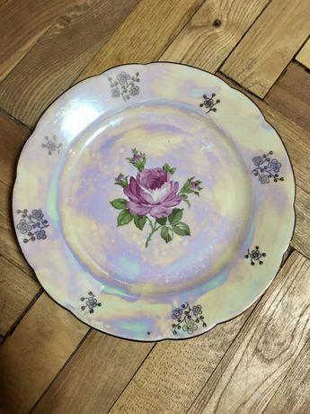 Фарфоровые тарелки Роза