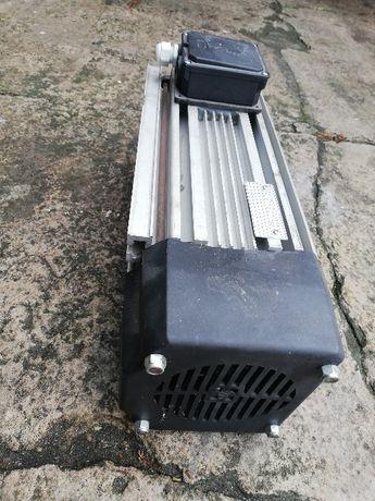 Silnik Asynchroniczny H90S2SE 5,5 KW Nowy