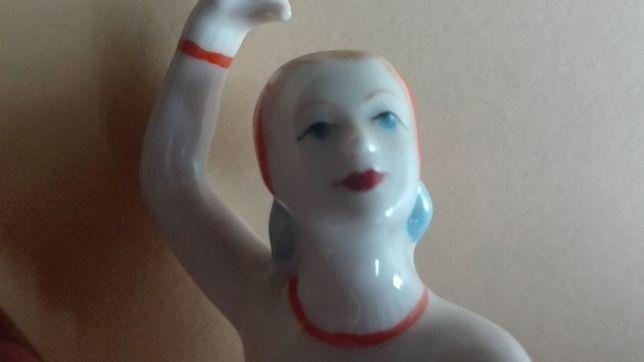 Скульптура фарфор Фигуристка СССР, редкая каталожная