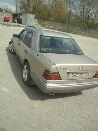 Мерседес, Mercedes Benz 124Е 300D