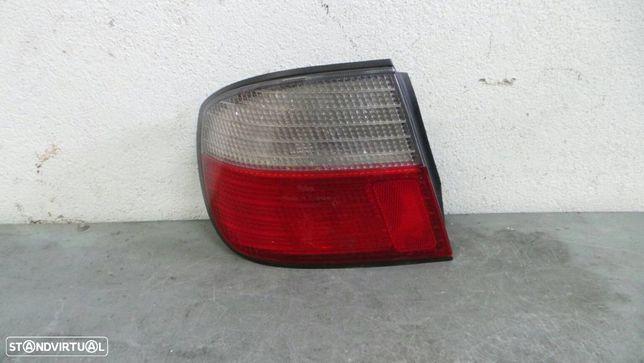 Farolim Esquerdo Nissan Primera (P11)