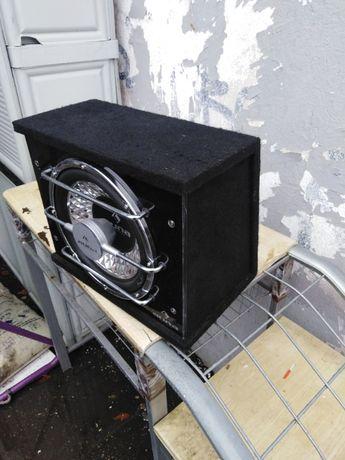 Subwoofer samochodowy moc 800 W – podświetlenie LED AUNA car audio