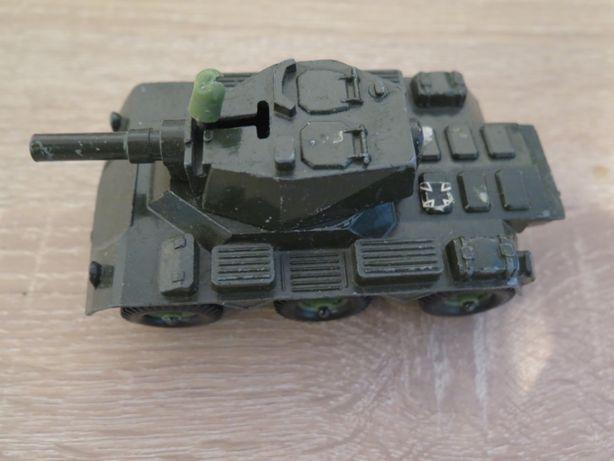 Metalowy transporter czołg Made in England