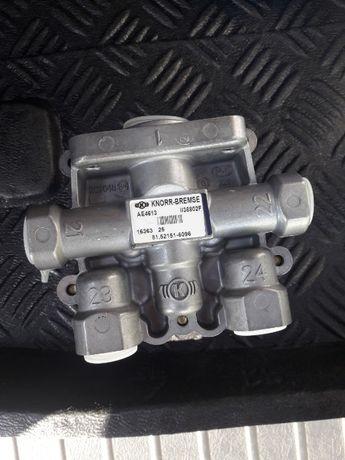 Продам Кран 4-х контурный защитный AE4613 (пр-во Truck Services)