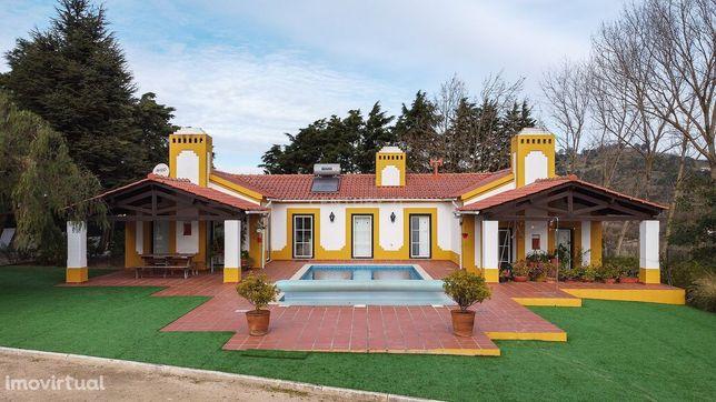 Quinta em Alenquer, Casais da Ramalheira, com Vinha e Piscina