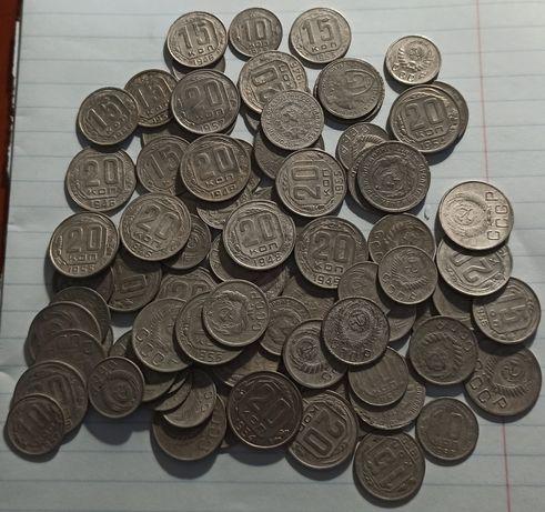 Продам лот из 87 монет СССР дореформы 10,15,20 копеек с 1931-1957 года