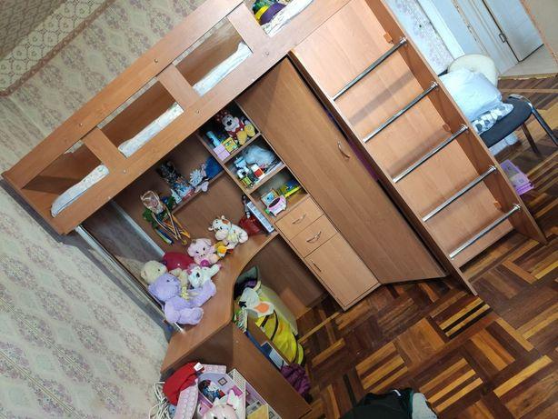 Детская стенка, кровать, шкаф