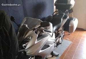 Mota  Honda VFR Bom estado