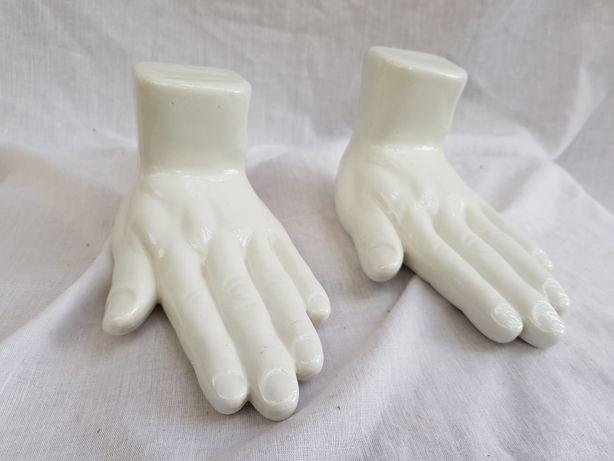 Ręce ceramiczne figurki