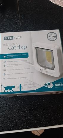 Sure Flap Klapa dla kota sterowana mikroczipem SureFlap Biały