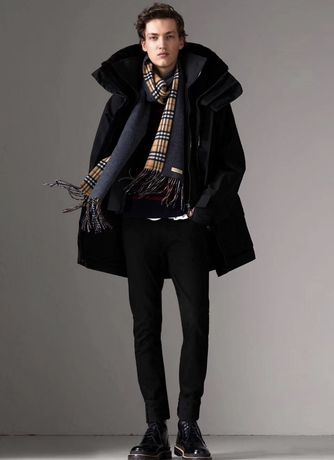 Продам чоловічий пуховик Burberry тренч мужской пуховик мужское пальто