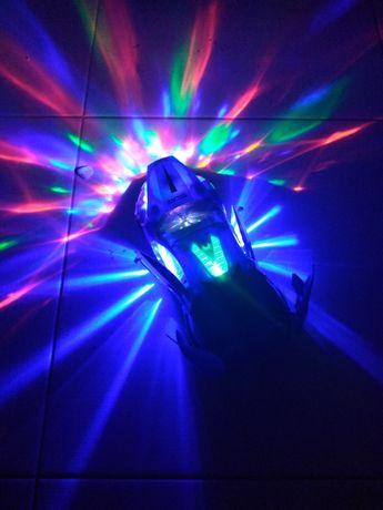 Машинка свет музыка крутиться дискотека