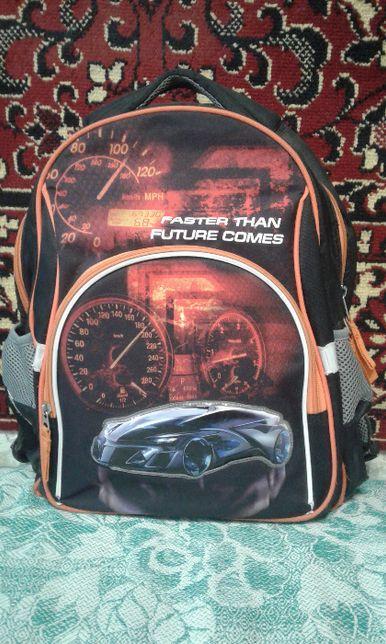 Продам рюкзак фирмы Kite для мальчика