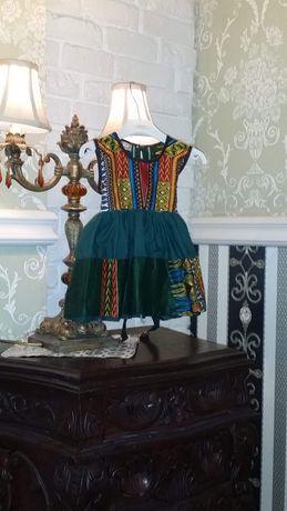 Piekna suknia w stylu Afrykanskim 68,74cm
