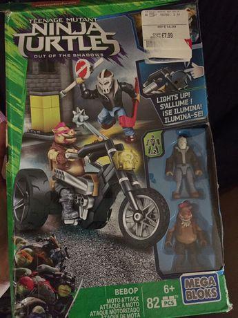 Mega blocks ninja turtle - żółwie Ninja The moto attack