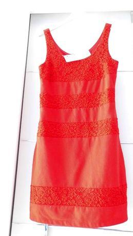 Śliczna czerwona sukienka S