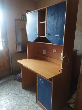 Письменный стол детский