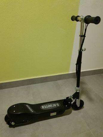 Електросамокат E-Scooter
