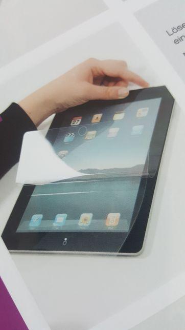 "Folia ochronna iPad 9,7""' 2szt. Niemiecka firmy dipos"