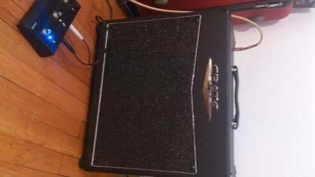 Crate VTX65 гитарный комбоусилитель