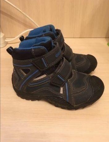 Ботинки Geox 26 размер
