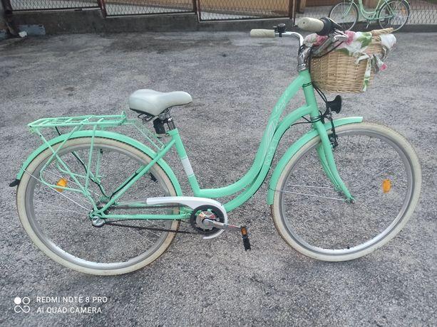 Rower Miejski Miętowy z pieknym koszykiem przerzutki NEXUS Polecam