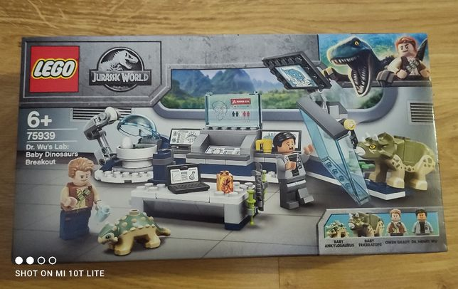 NOWE LEGO® 75939 Jurassic World - Laboratorium doktora Wu: ucieczka mł