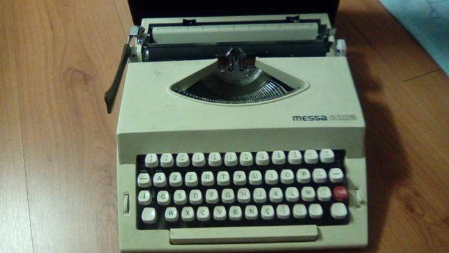 1Maquina de escrever