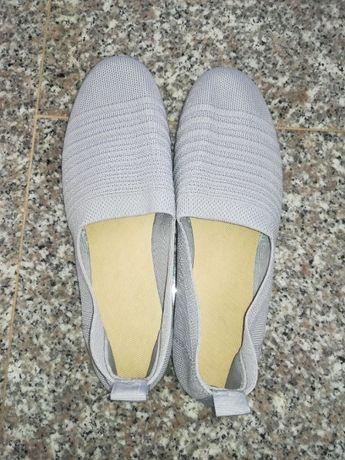 Jasno szare wsuwane buty 38 39