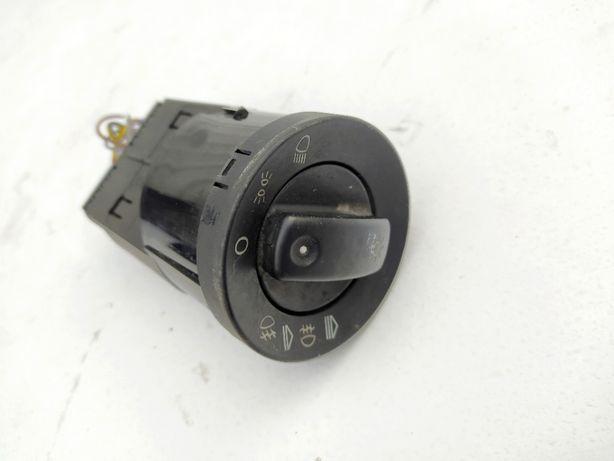 włącznik świateł audi a4 b7 8e0/941531c ładny