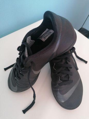 Chuteiras Nike Mercurial Originais como novas