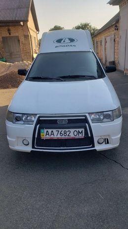 Идеальное авто для города Богдан 2310