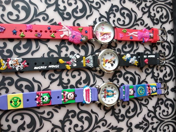 Детские часы продам