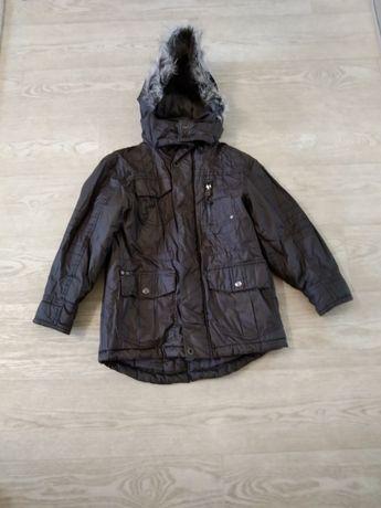 Куртка демисезонная 7-8 лет.