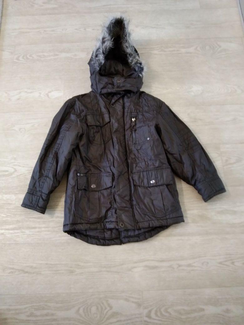 Куртка-парка демисезонная 6-8 лет.