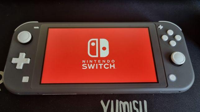 Nintendo Switch Lite + dodatki