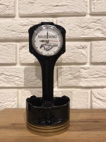 Zegar z tłoka Mustang na prezenty