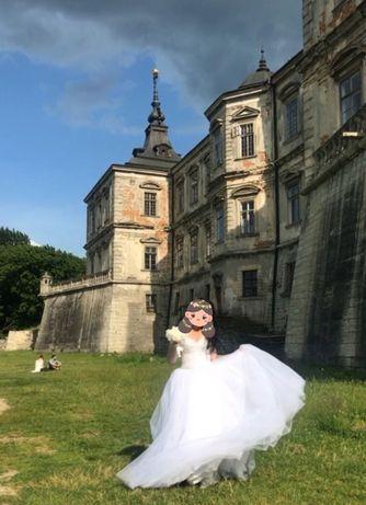 Продам свадебное платье. Покупали на фотосессию. Не венчанное