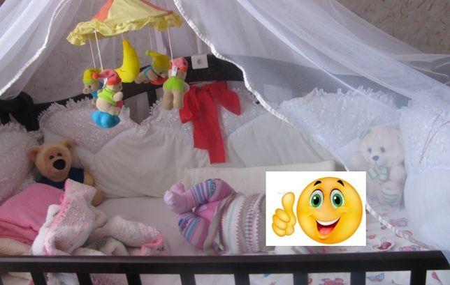 Детская кроватка Трия с матрасом и комплетом защиты и балдахином и дер